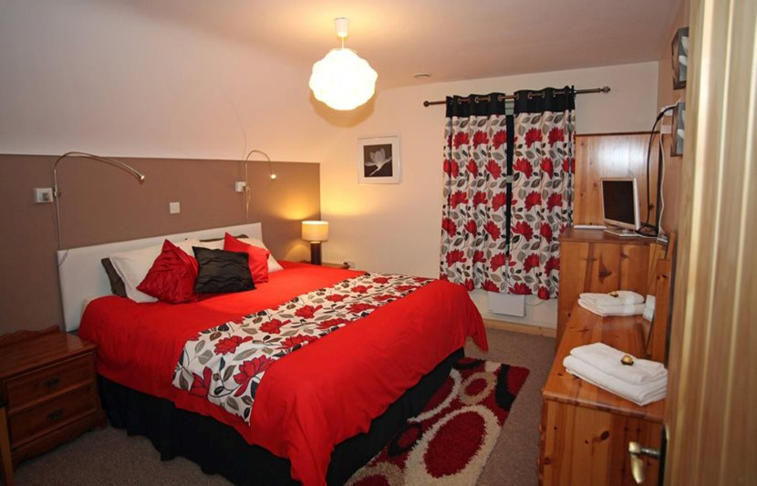 coach house superking ensuite.jpg